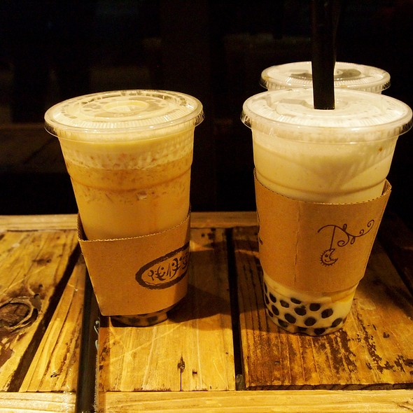 Oolong Milk Tea @ Half & Half Tea House