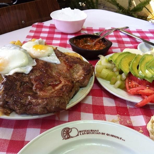 Lomo a lo Pobre @ Las Delicias de Quirihue