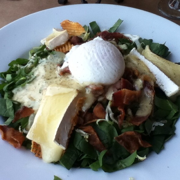 Spinach, Frisee & Warm Brie Salad @ Thyme Restaurant