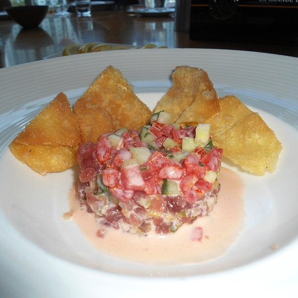 Tuna Tartar @ Area 31