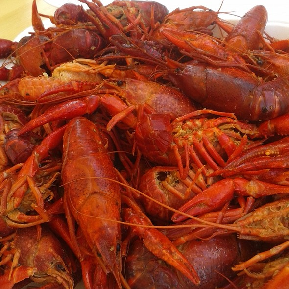 Cajun boiled crawfish @ Olde Mecklenburg Brewery the