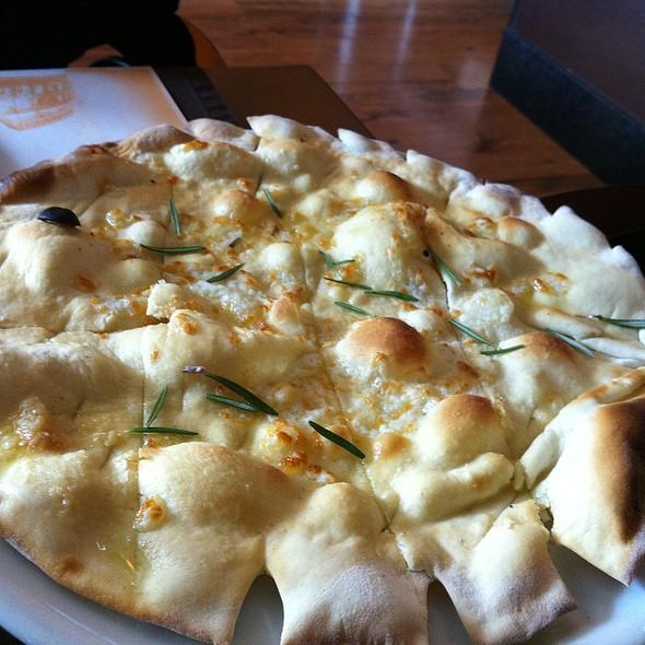 Pão de Alho @ Restaurante La Vecchia Roma