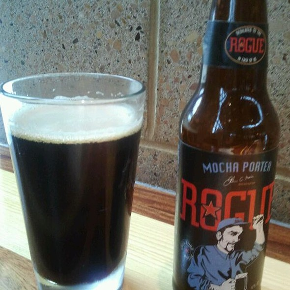 Rogue Ales Mocha Porter @ Northstar Cafe at Easton Town Center