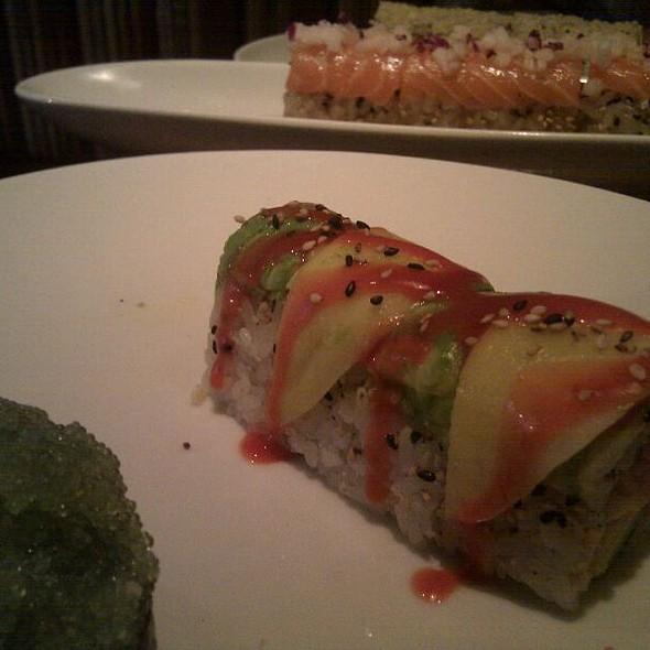 Some Kinda Maki - Rise Sushi & Sake Lounge, Chicago, IL