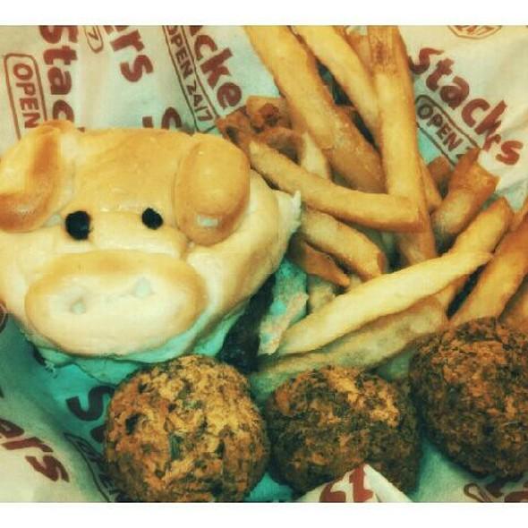 Kiddie Burger @ Stackers Burger Café