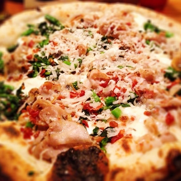porchetta pizza