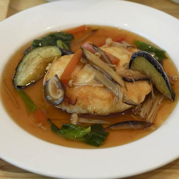 Shrimp and Tofu Hamburg Steak @ オーガニック カフェ みどりえ