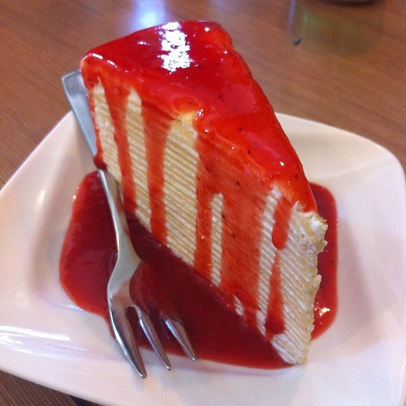 Crepe Cake with strawberry sauce @ Secret Garden & Cafe Sweet