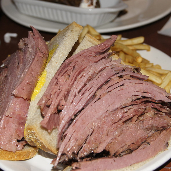 Montreal Smoked Meat Sandwich @ Reuben's Restaurant