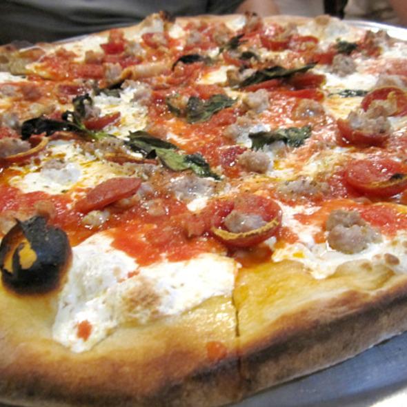 Pizza @ Grimaldi's Pizzeria