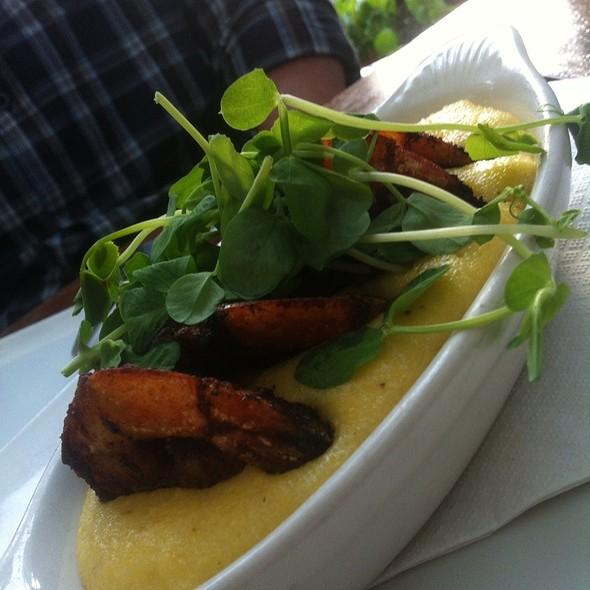 Shrimp and Grits - Metropolitan Kitchen & Lounge, Annapolis, MD