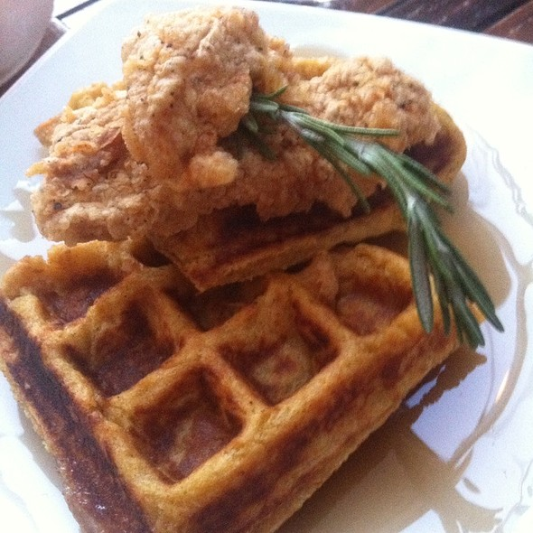 Fried chicken & sweet potato waffles - Metropolitan Kitchen & Lounge, Annapolis, MD