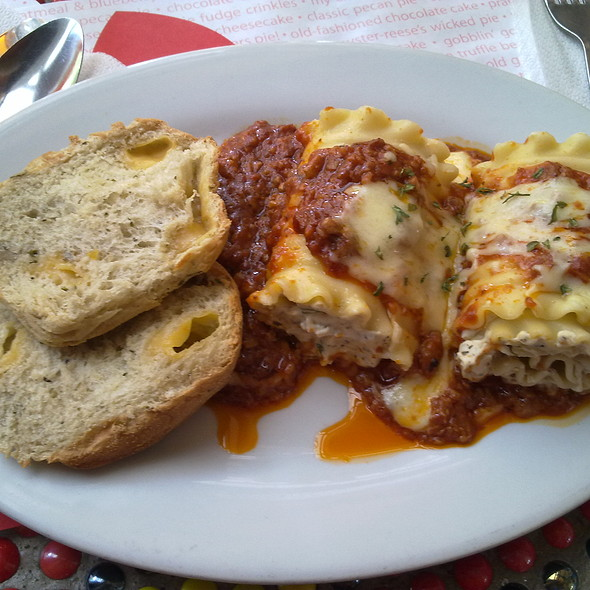 Lasagna Roll-ups @ Banapple Pies & Cheesecakes