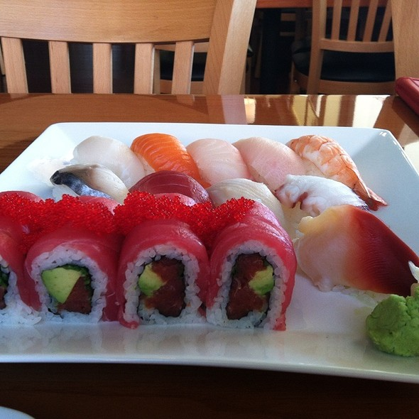 Red Rose Roll @ Sushi Itto