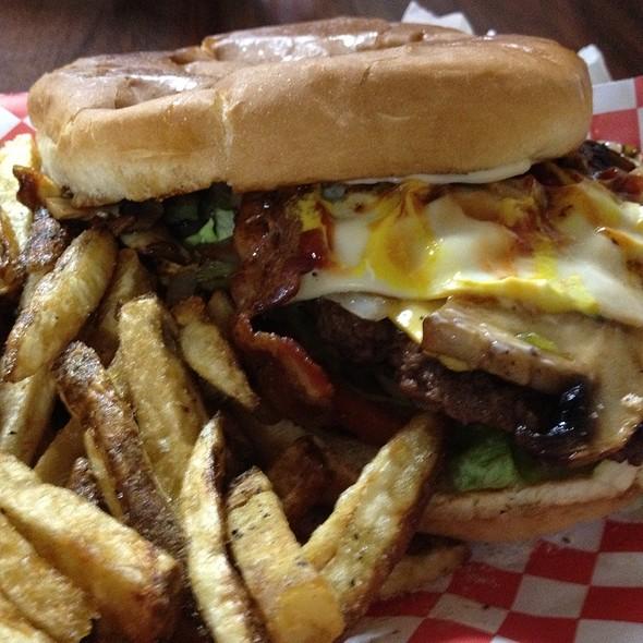 The Jungle Burger @ Burger Island