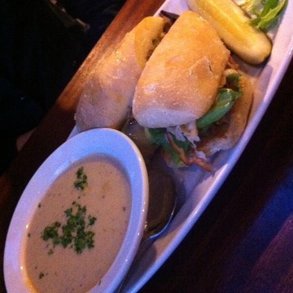 Roast Turkey Sandwich @ de Vere's Irish Pub
