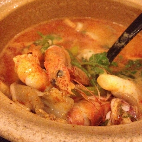 Tom Yum Soup @ ah loy thai - shaw tower