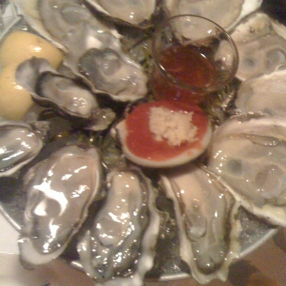 Oysters @ Aquagrill