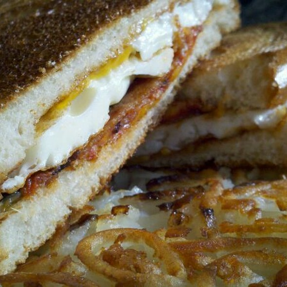 fried egg sandwich @ Hotel Ivy, A Luxury Collection Hotel