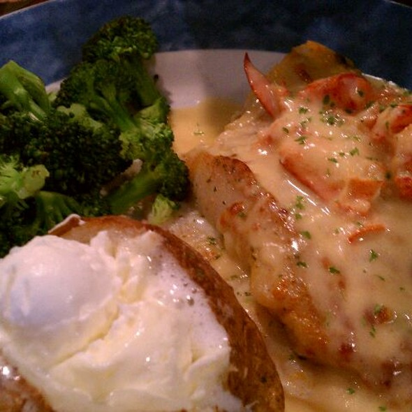 Tilapia with Creamy Lobster Topping @ Red Lobster
