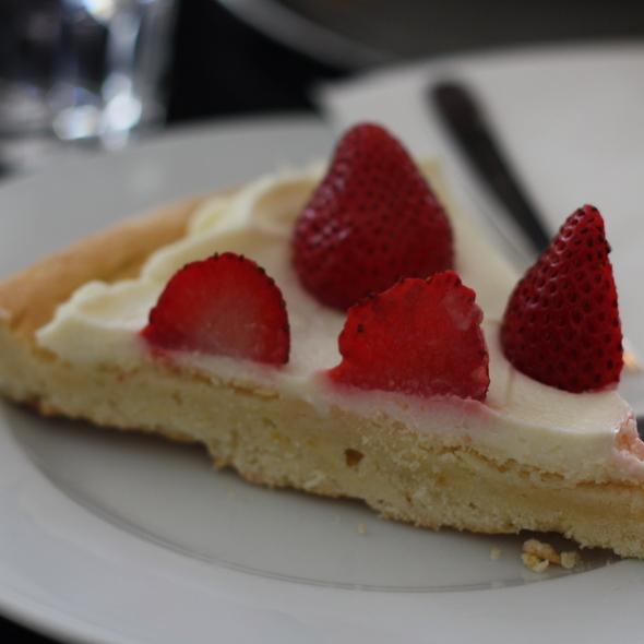 Mascarpone and strawberry crostata @ Kaffeehaus