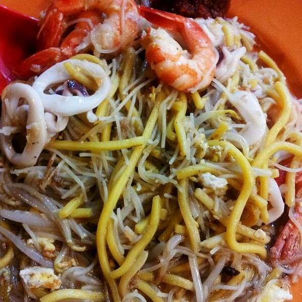 Fried Hokkien Prawn Mee @ Upper Serangoon Road (Simon Road)