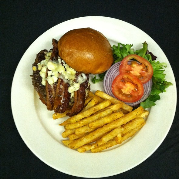 Blue Chees And Bacon Burger - The Little Tuna, Lindenwald, NJ