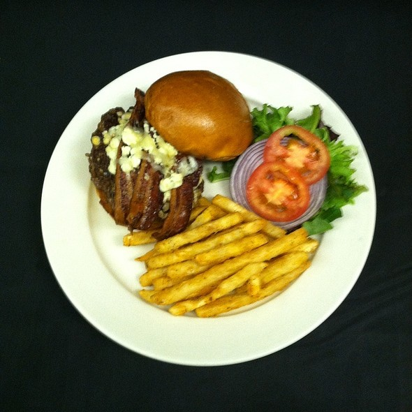 Blue Cheese And Bacon Burger - The Little Tuna, Lindenwald, NJ