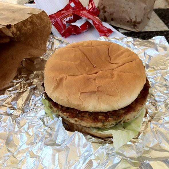Veggie Burger @ Only Burger