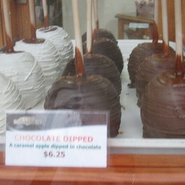Chocolate Covered Apples @ Rocky Mountain Chocolate Factory