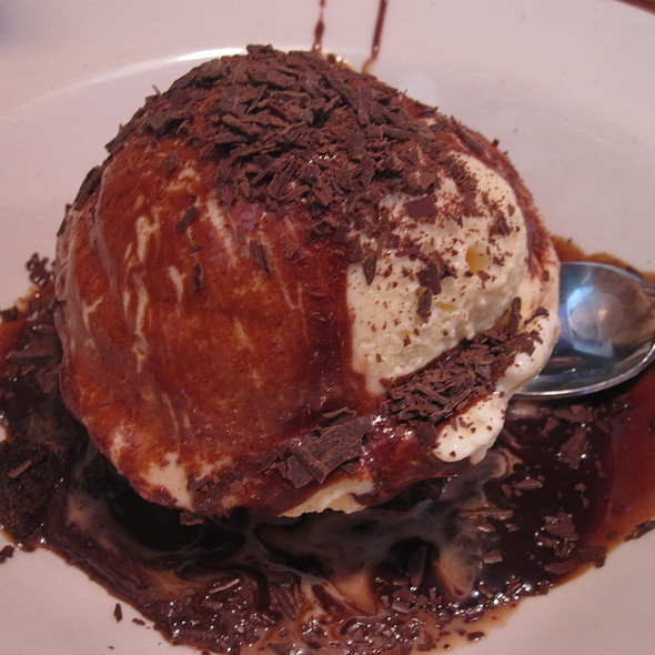 Brownie @ Outback Steakhouse