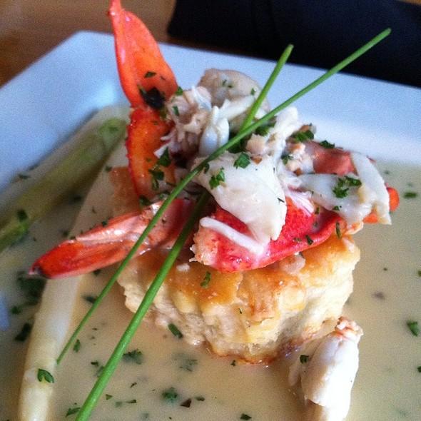 Seafood Vol Au Vent @ Lemongrass a thai bistro