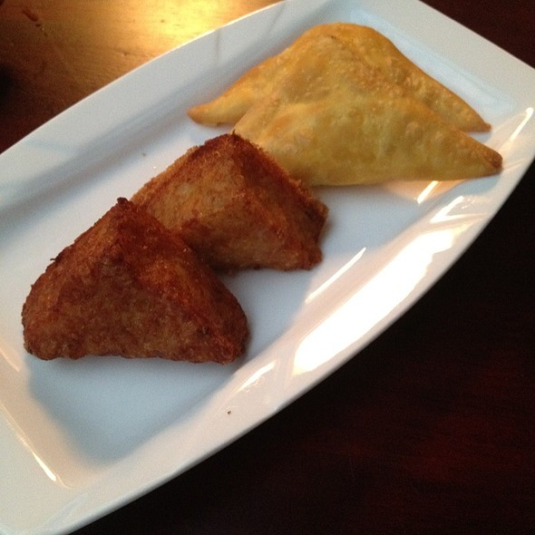 Crab Rangoon And Shrimp Toast @ Yum's Asian Bistro
