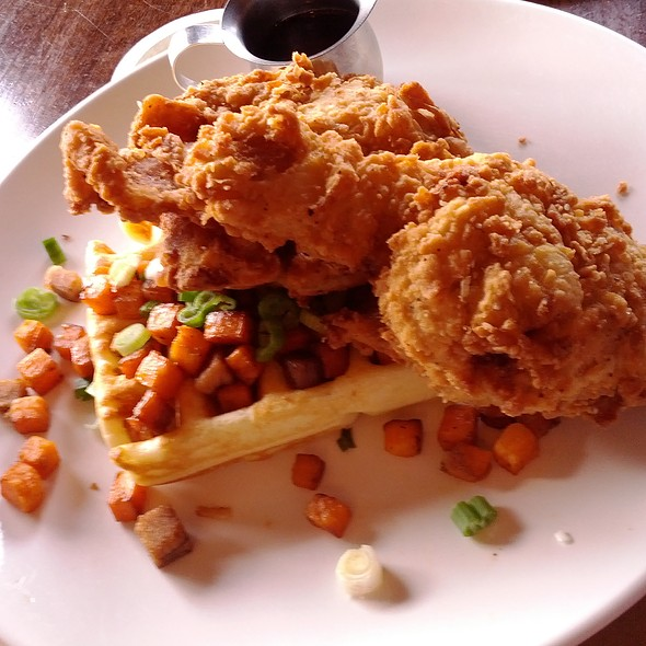 Fried Chicken And Waffle @ Longman & Eagle