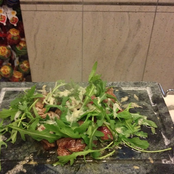 Sliced Beef With Cherry Tomatoes And Rocket @ Ristorante Ruccio