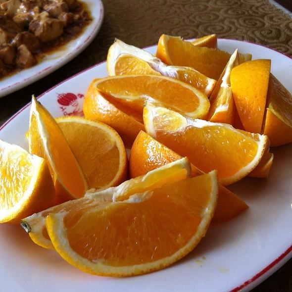 Fresh Orange @ Shanghai Restaurant