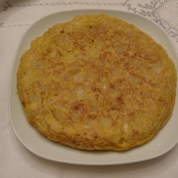 Tortilla De Patatas @ Mi Casa. My Home