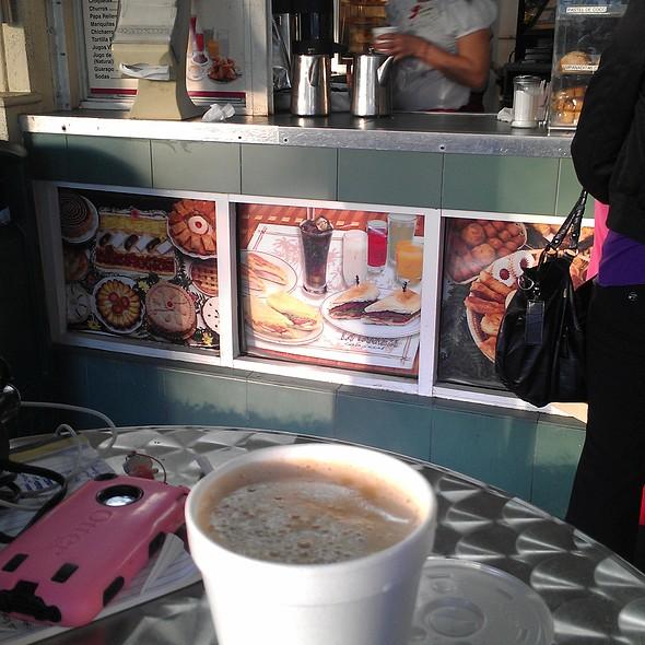 Café Con Leche @ La Carreta Restaurant
