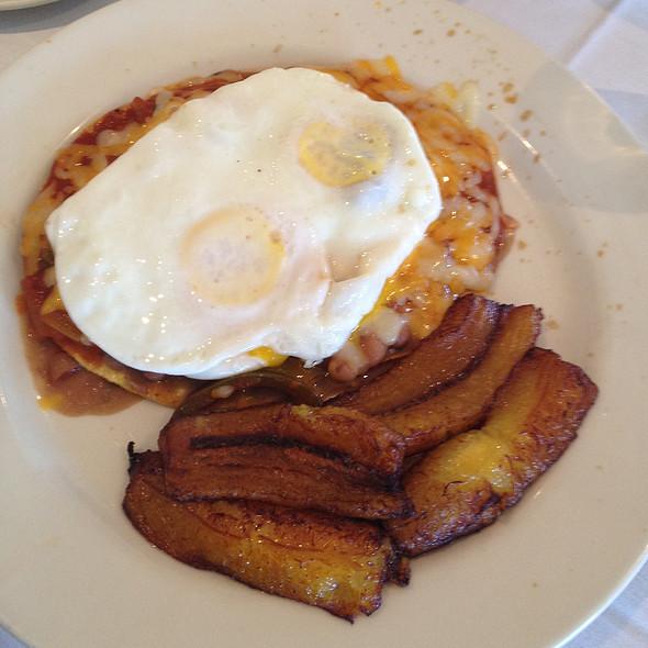 Huevos rancheros - Mariachi Restaurant, Frederick, MD