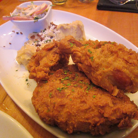 buttermilk fried chicken @ House of Blues Orlando