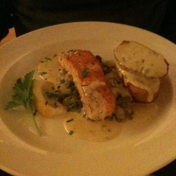 Organic Salmon @ Mitchell's Restaurant