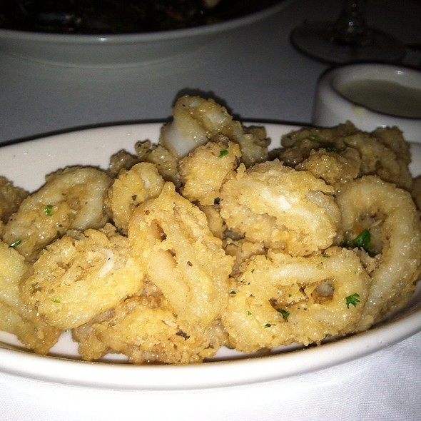 Fried Calamari With Lemon Caper Sauce - Geranio, Alexandria, VA