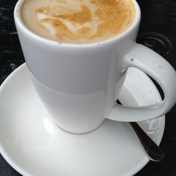 Soy Decaf Flat White @ Coffee Brothers