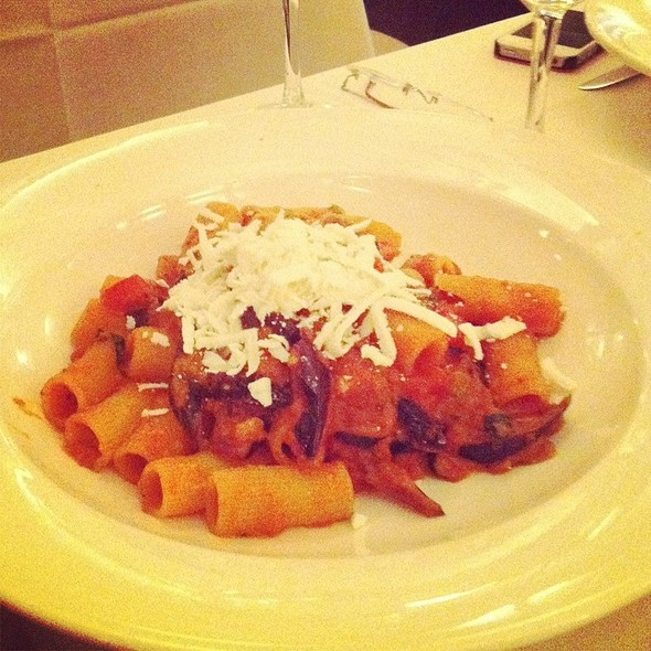 Rigatoni Com Berinjela, Tomate E Ricota @ Bice Restaurant