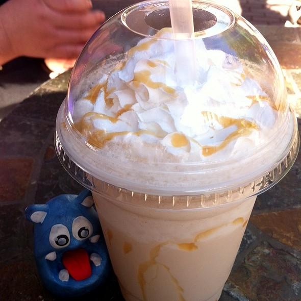 Frozen Drink @ Big Apple Bagels