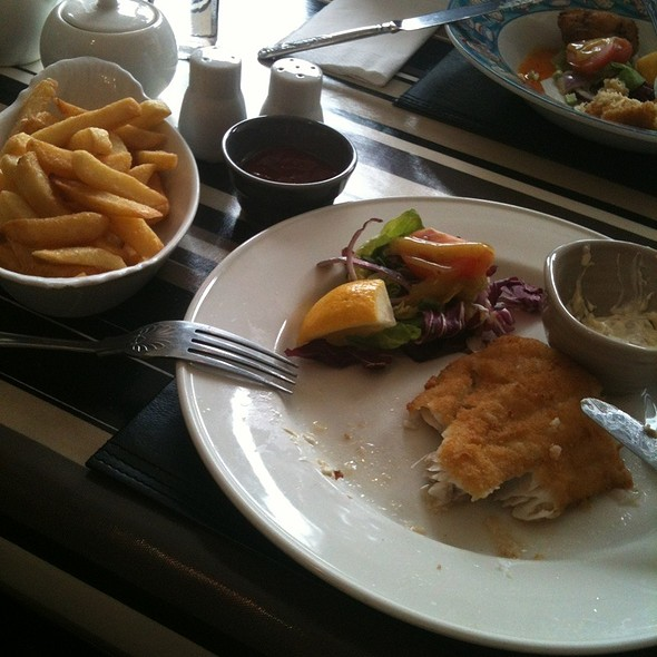 fish&chips @ Blackberry Bar & Restaurant