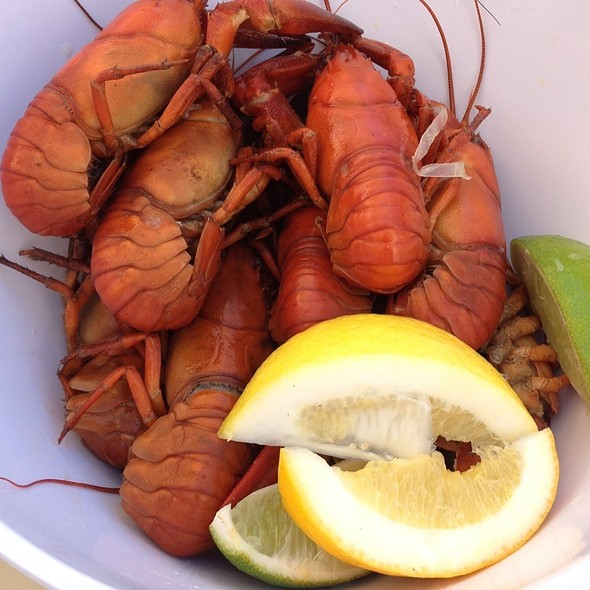 "New Orleans Crawfish @ Caffé Macs (Apple's ""Cafeteria"")"