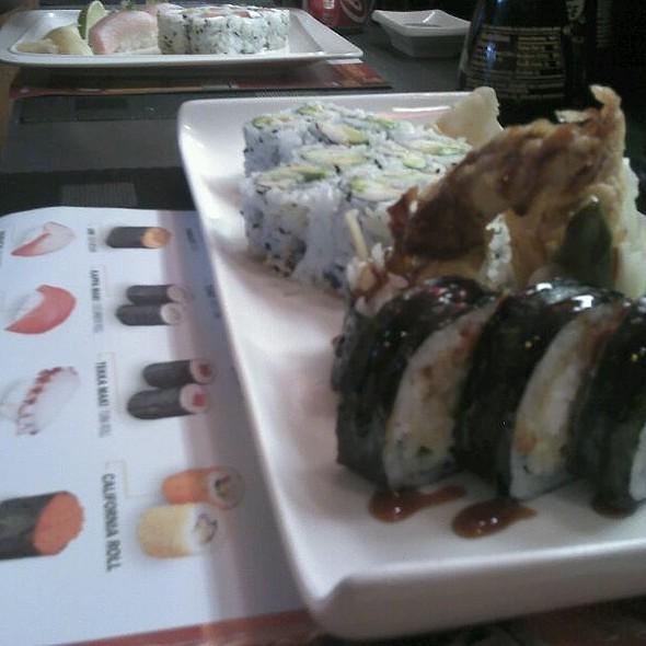 Spider Roll @ Akari Sushi & Japaneses Food