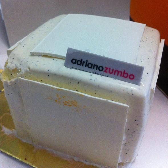 Mini Vanilla V8 Cake @ Adriano Zumbo Patissier