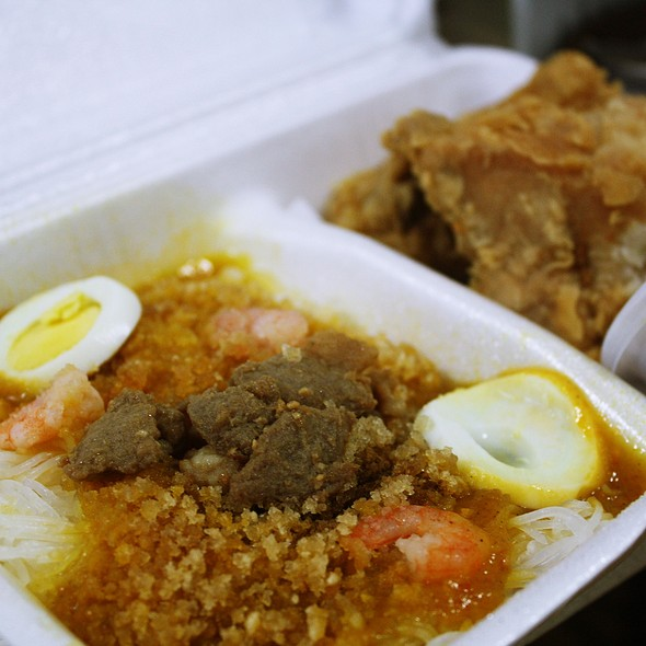 Palabok with Chickenjoy @ Jollibee